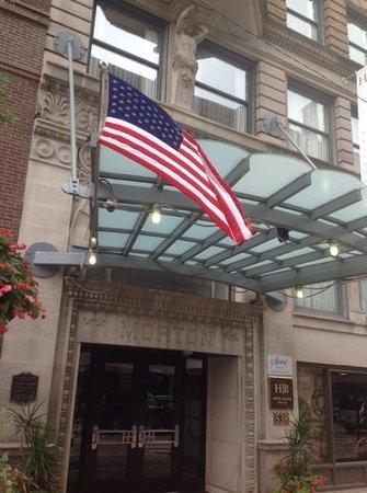 Hotel Blake Chicago: frontage