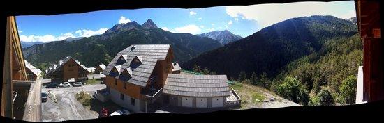 Residence Odalys Le Hameau de Praroustan: Vue panoramique de l'appartement