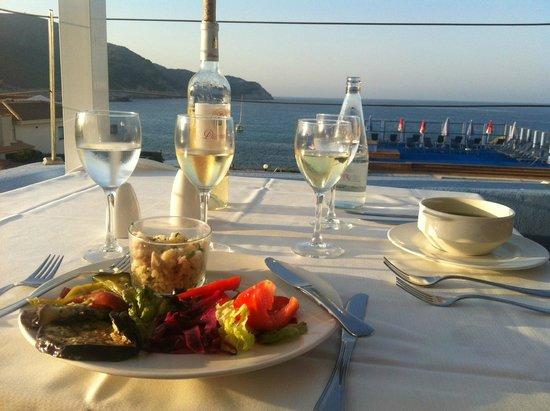 Mar Azul PurEstil Hotel & Spa: Abendessen