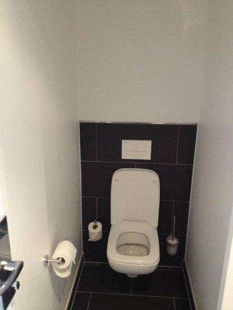 LetoMotel Muenchen Moosach: Bathroom