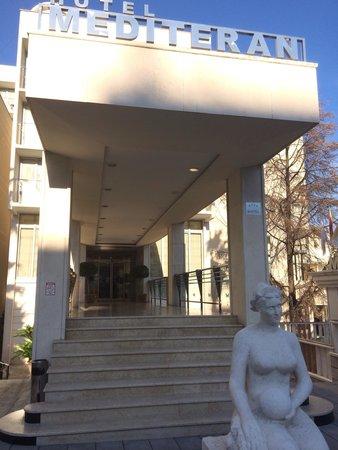 Hotel Mediteran : Вход в отель