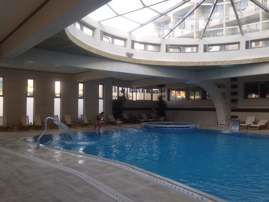 Mediteran Hotel & Resort: Закрытый бассейн в спа