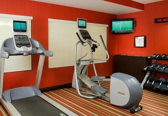 Courtyard by Marriott Traverse City: Fitness Center