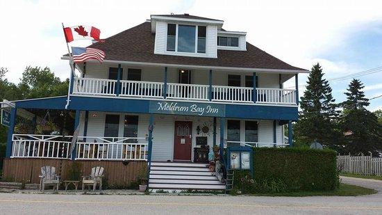 Meldrum Bay Inn Restaurant: Street View