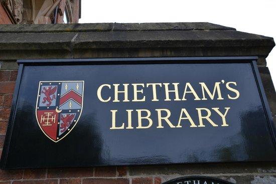 Chetham's Library: All'esterno