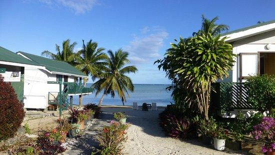 Rino's Motel: Lagoon View
