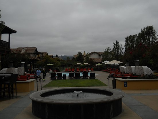 The Lodge at Sonoma Renaissance Resort & Spa: view from the hotel, pool and cottages