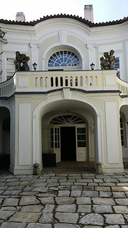 Smetana Hotel : Entrance to our suite area off the courtyard