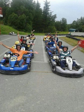 Circuit abitibi karting rouyn noranda all you need to for Go kart interieur quebec