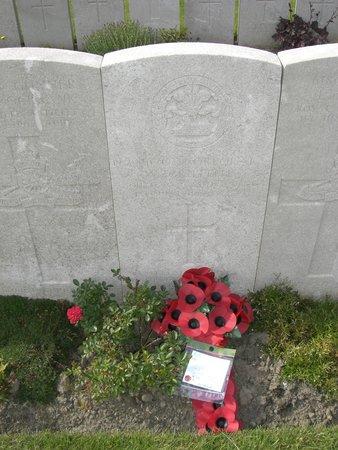 Lijssenthoek Military Cemetery : Uncle William
