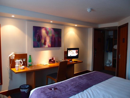 Premier Inn Edinburgh Central (Lauriston Place) Hotel : Room 104