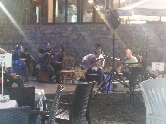 Restaurante El Penon : Música en directo