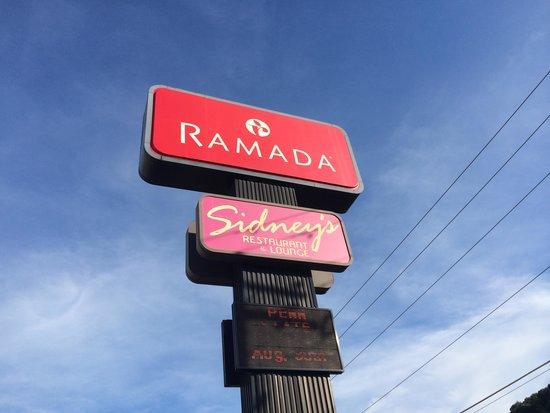 Ramada Clarks Summit Near Scranton: Ramada