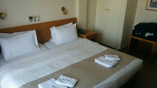 Achillion Hotel: Stanza