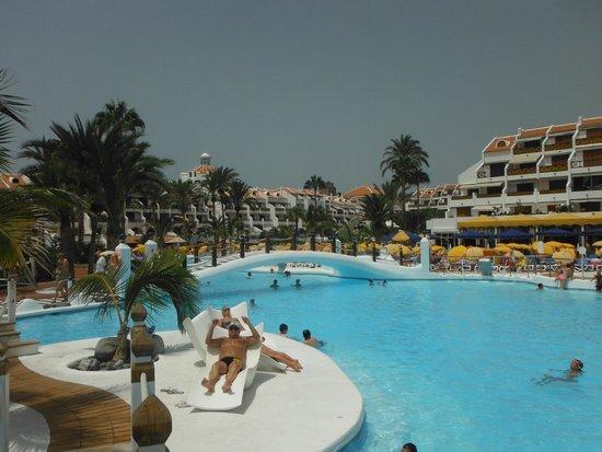 Parque Santiago III: pool area