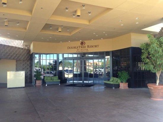 DoubleTree Resort by Hilton Paradise Valley - Scottsdale: Doubletree Entrance