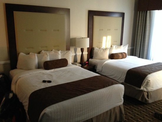 Best Western Plus San Pedro Hotel & Suites: Chambre (section bugalow)