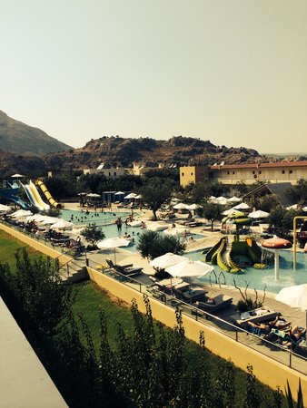 SunConnect Kolymbia Star: Pools with water slides