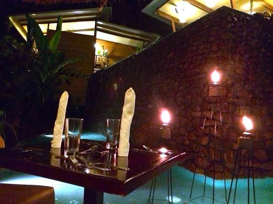 The Resort at Isla Palenque: Dinner Setup