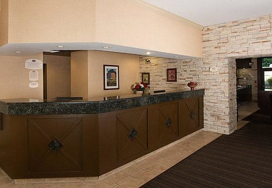 Residence Inn Gaithersburg Washingtonian Center: Front Desk