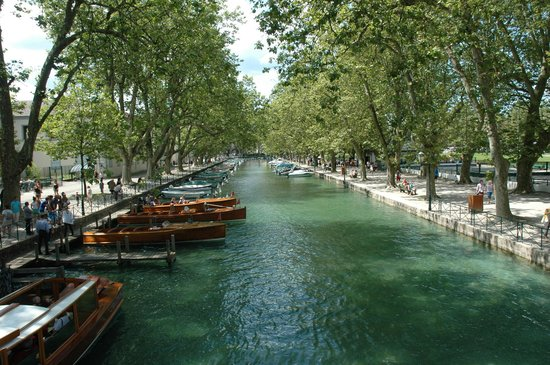 Lake Annecy Tourist Office: Canaux