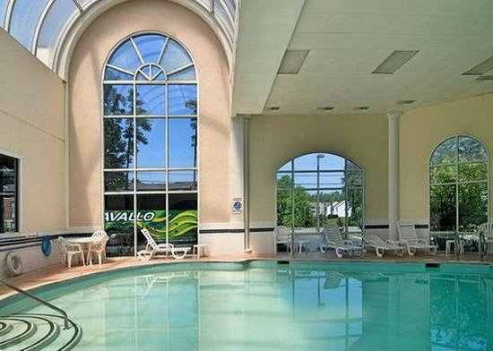 Days Inn Williamsburg Historic Area : Pool