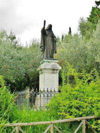 San Damiano: Statua di S. Chiara