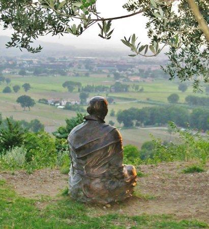 San Damiano: Statua di S. Francesco