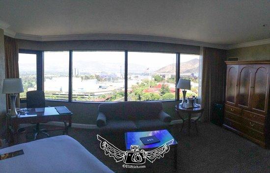 Hilton Los Angeles/Universal City: view