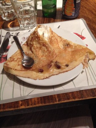 La Petite Cave Creperie Bretonne : Con composta di mele:)