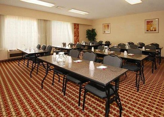 Comfort Suites Vancouver: Meeting Room