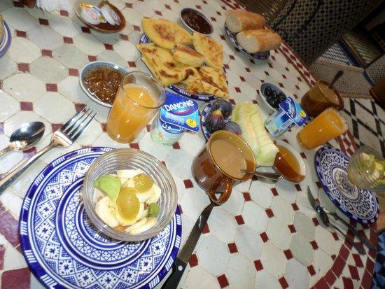 Riad Ahlam : Breakfast
