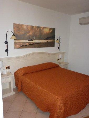 Hotel La Tana dello Scoiattolo: bella camera