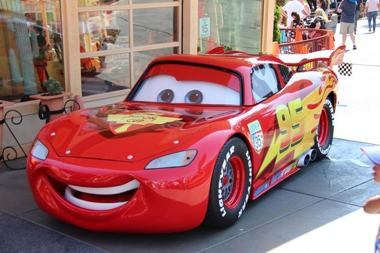flash mcqueen photo de parc disneyland anaheim tripadvisor. Black Bedroom Furniture Sets. Home Design Ideas