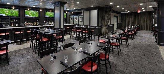 Holiday Inn Boston-Bunker Hill: DRAFT Restaurant