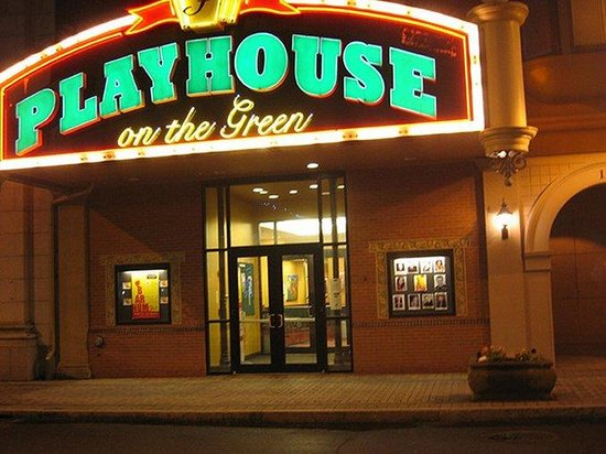 Holiday Inn Bridgeport: Playhouse on the Green