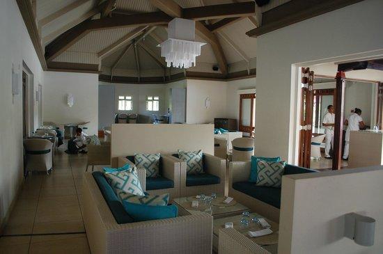 Tamassa : buffet bar piscine