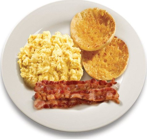 Holiday Inn Express Hotel & Suites Watertown-Thousand Islands: Bacon & Eggs