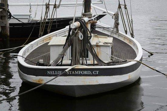 Mystic Seaport: The Nelle