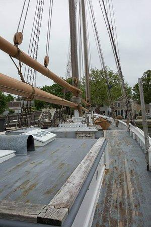 Mystic Seaport: L. A. Dunton (schooner)