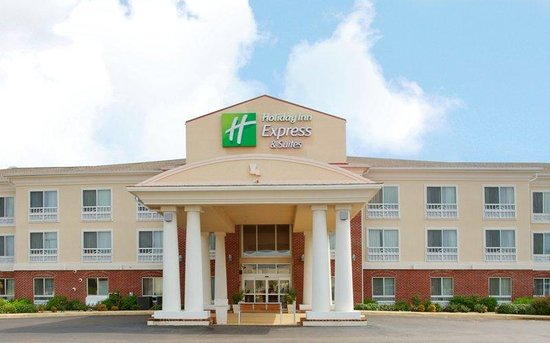 Holiday Inn Express Hotel & Suites Natchitoches: Holiday Inn Express Natchitoches front entrance