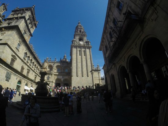 Catedral Suites Santiago: The curch in the city