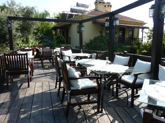 Mandarin & Mango Boutique Hotels : dining terrace