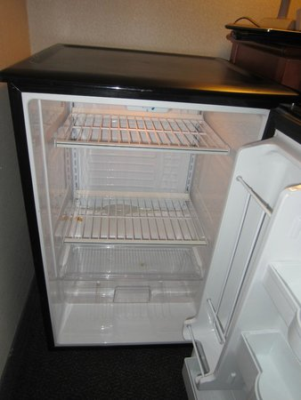 Holiday Inn Halifax Harbourview : Dirty mini fridge..