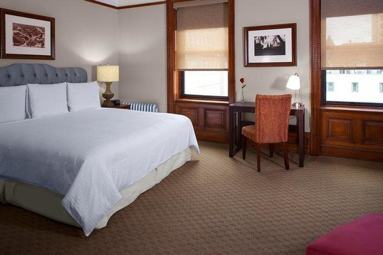 Hotel Wales: Carnegie Queen Suite With Living Area
