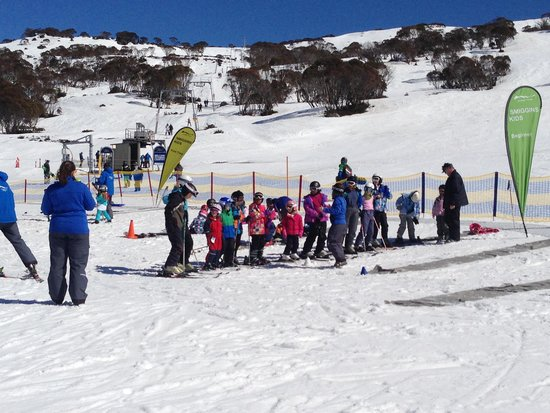 Smiggins Hotel and Chalet Apartments: Kids lesson