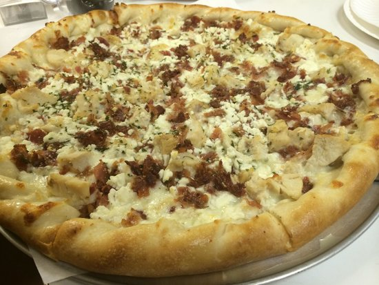 Pizza on 87: 'White Out' Pizza Customers Favorite
