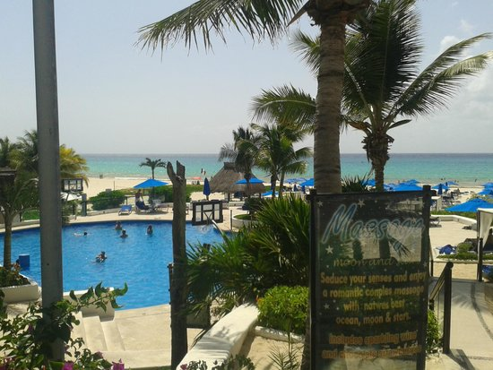The Reef Playacar: Piscina