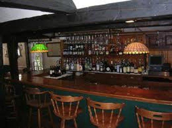 Sun Tavern: The bar