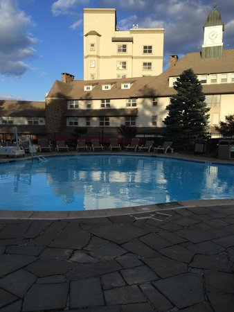 Pocono Manor Resort & Spa: Part of the outdoor pool